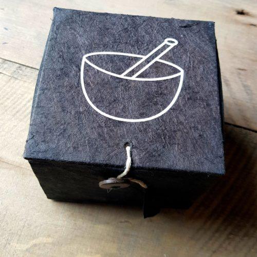 Klangschale Schwarze Box 8